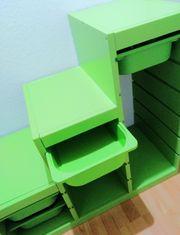 Grün lackiertes Trofast Kiefern-Holz-Stufen-Regal Ikea