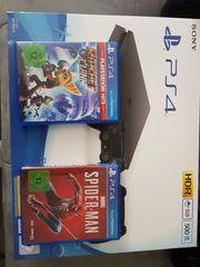 eine TOP PS4 2 Controllern