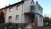 1 Familienhaus - Doppelhaushälfte