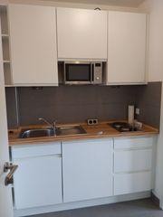 Singleküche mit 2 Herdplatten Spüle