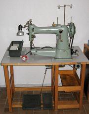 Adler 105-8 Freiarm Industrienähmaschine mit
