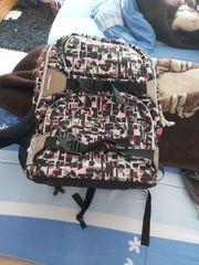 Rucksäcke und Handtasche