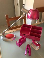 Schreibtischzubehör in Pink
