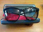 elegante Vera Wang Sonnenbrille schwarz