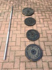 Hantelstange mit Gewichten