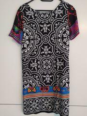 Kleid von Desigual Kurzarm schwarz