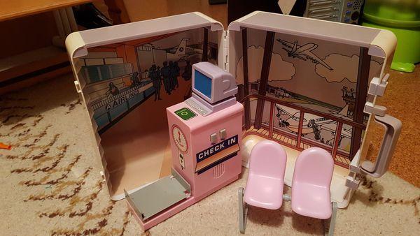 Barbie tragbarer Flughafen Koffer
