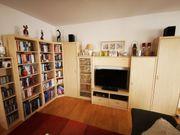 Wohn- und Bücherwand