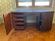 Schreibtisch - Holz - abschließbare Türen - Schubladen