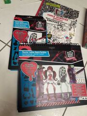 Monster High Set Puzzle FashionBooks