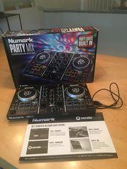 DJ Controller mit Lichtshow