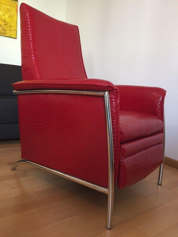 Lounge Sessel mit beweglicher Rückenlehne