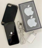 IPhone 8 64GB schwarz - TOPZUSTAND