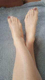 Fußtreffen / Füße lecken .