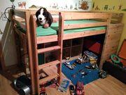 Kinder-Hochbett aus Holz mit Rutsche