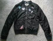 Verkaufe Jacke von H M--