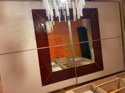 Kleiderkasten Schiebetüre und Spiegel Schrank
