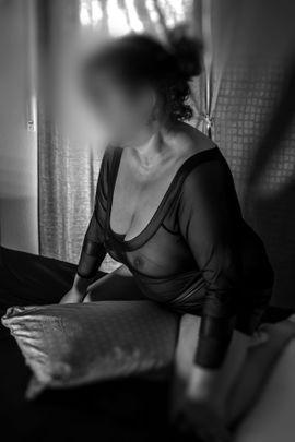 gepiercte 45 jährige: Kleinanzeigen aus Freiburg Haslach - Rubrik Erotische Massagen