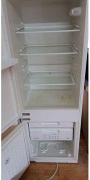 Kühlschrank mit Großem Gefrierfach von