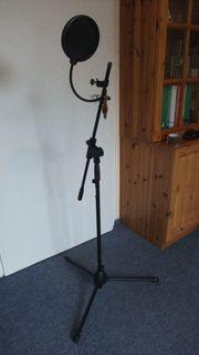 Mikrofonständer von K M