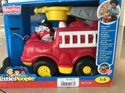 Feuerwehrauto mit Sirene