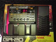 Roland GR20 Guitar Synthesizer