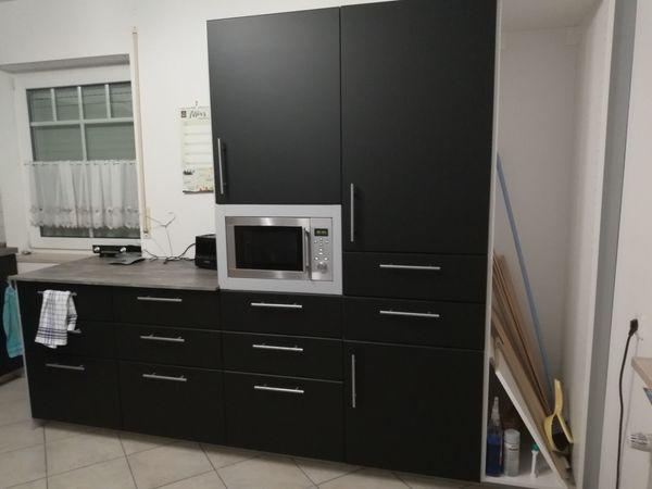 Einbauküche bestehend aus 2 Küchenblöcken