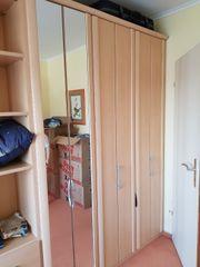 Schlafzimmerschrank im Top