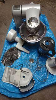 Bosch MUM 8 Küchenmaschine
