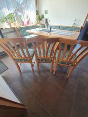 Esstisch mit Eckbank und Stühlen