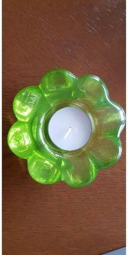Handgefertigtes Teelicht aus Glas grün