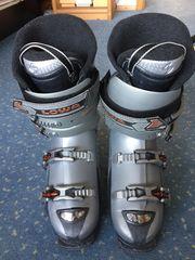 Lowa Skischuhe Gr 44