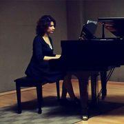 Ich biete Klavier