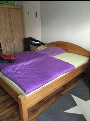 Bett mit 2 Matratzen je