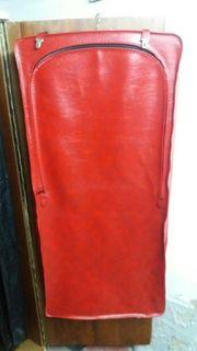 koffer für kleider anzug