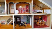 Puppenhaus Lundby komplett mit Möbel