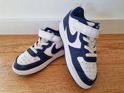Nike Sneaker Gr 26 blau