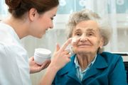 Polnische Pflegekräfte Vermittlung Altenbetreuung zu