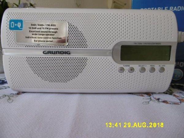 GRUNDIG - Portable DAB Radio