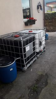 Gebrauchte 1000 Liter IBC-Behälter aus
