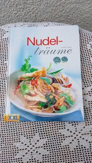 Neuwertiges modernes Kochbuch Nudelträume