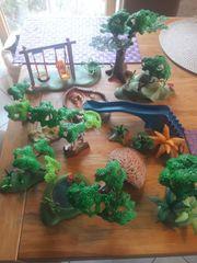Playmobil Spielplatz mit viel Wald