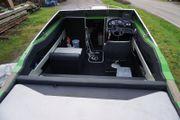 Sportboot V8 Maxum