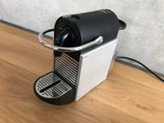 DeLonghi EN125 S Pixie Nespresso