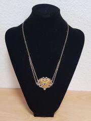 Schöne Trachtenkette mit herzförmigen vergoldetem