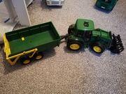 John Deere Traktor Bruder