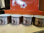 Neue Kaffeetassen mit Unterteller