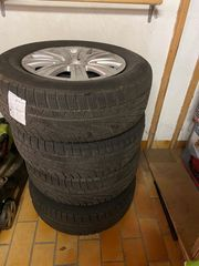 4x Pirelli Winterreifen 215 65