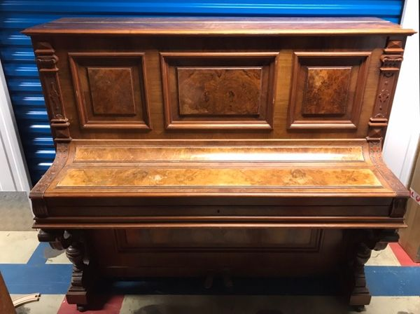 Antikes Klavier von Pfeiffer Stuttgart