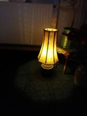 Schöne alte Tischlampe zu verkaufen